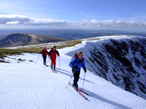 Ribbon skiing high on the Merrick, the highest point of the Southern Uplands.
