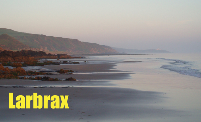 Larbrax beach at low tide.
